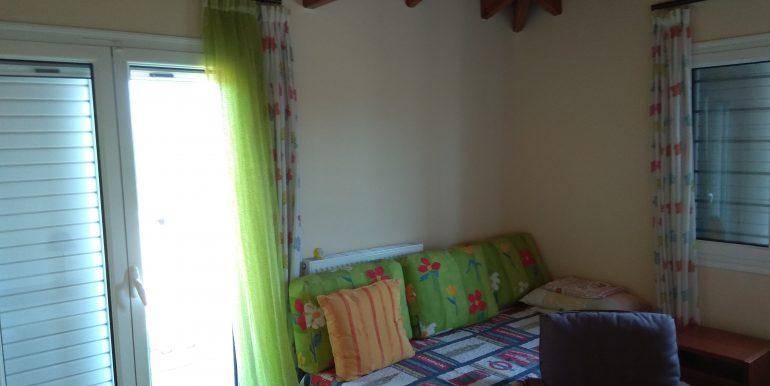 Κρεβατοκάμαρα 3 Όροφος (μπαλκόνι)